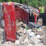 Seis personas resultaron heridas en el accidente que se registró en el municipio de Ixcán, Quiché. (Foto: Facebook Joel Pérez)