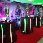 La exposición de las Copas del Campeón Municipal estará disponible desde este martes hasta el próximo sábado 1 de febrero, en la Torre Banrural en la zona 9. (Foto: Banrural)
