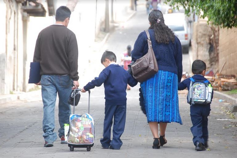 Las clases iniciarán a partir de las 8 de la mañana en Quetzaltenango y otros municipios del occidente del país. (Foto: Carlos Ventura)