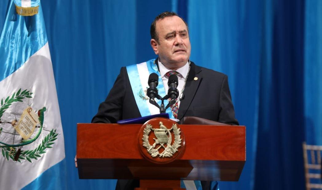 El doctor Alejandro Giammattei durante su primer discurso oficial como Presidente de la República de Guatemala. (Foto: Twitter)