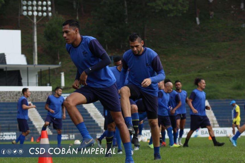 Cobán Imperial será dirigido de manera interina por el exjugador Walter Alegría. (Foto: Cobán Imperial)