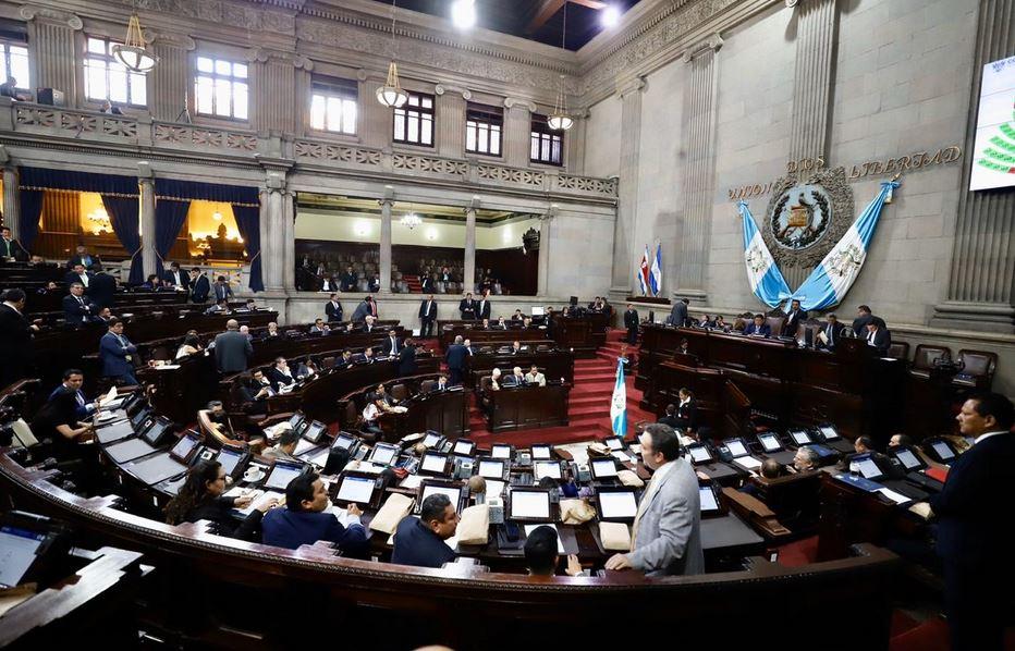 La iniciativa de Ley fue aprobada por los Diputados del Congreso de la República el lunes. (Foto: Twitter)