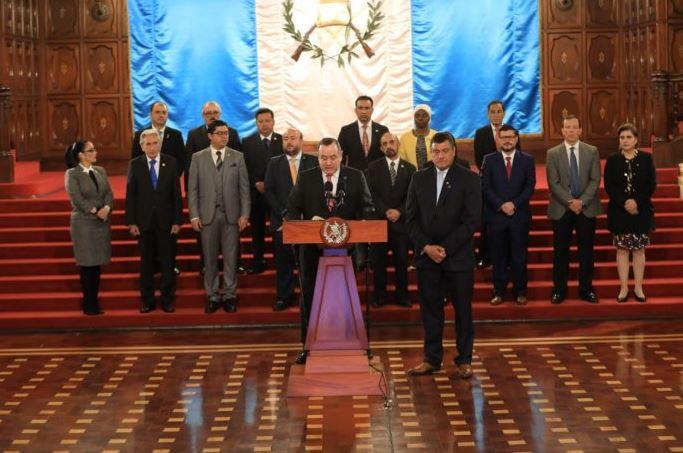 El presidente Alejandro Giammattei habló en conferencia de prensa sobre la sanción a las reformas a la Ley de las ONG. (Foto: AGN)