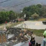 Dos mujeres y un hombre fueron asesinados en San Jerónimo, Baja Verapaz. (Foto: Cortesía)