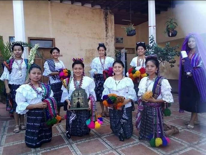 Las candidatas al certamen han participado en diferentes actividades, donde han podido compartir y conocer más de las tradiciones y costumbres de Guatemala, Suchitepéquez y Mazatenango. (Foto: Cristian Soto)