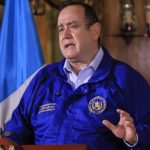 El presidente Alejandro Giammattei anunciará este domingo las nuevas disposiciones para contener el COVID-19. (Foto: Archivo)