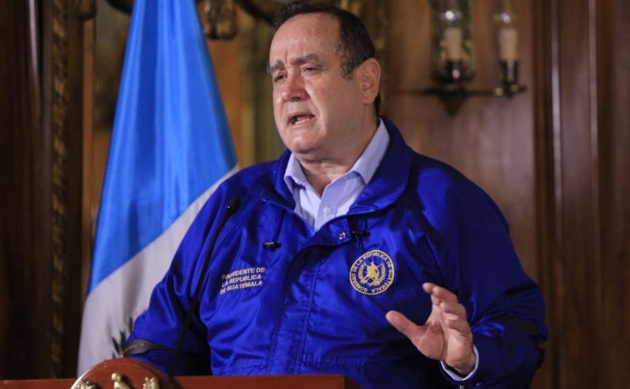 Giammattei confirmó un nuevo caso de Coronavirus en Guatemala. (Foto: Secretaría de Comunicación Social de la Presidencia) El Presidente Alejandro Giammattei decidió ampliar el toque de queda, así como las medidas cautelares impuestas en el país, debido al COVID-19. (Foto: Archivo)