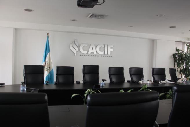 El sector empresarial concentrado en el CACIF reaccionó ante las medidas dictadas por el presidente. (Foto: CACIF)