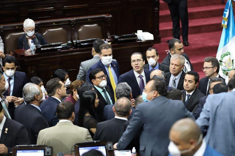 Los diputados eligieron a los magistrados suplentes para el Tribula Supremo Electoral -TSE-. (Foto: Congreso de la República)