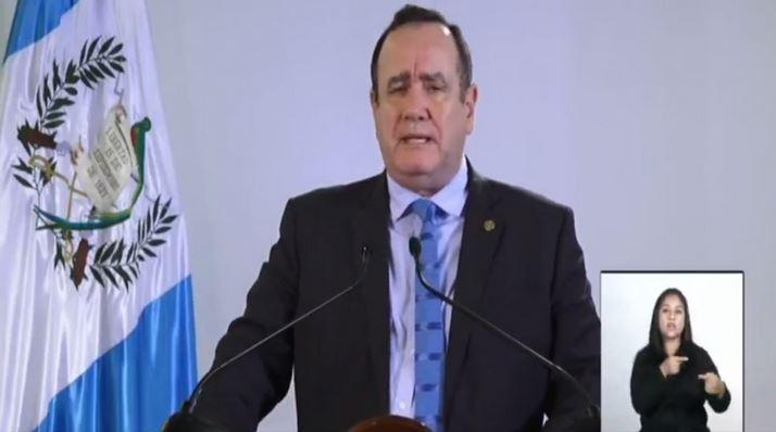 El Presidente Alejandro Giammattei se dirigió a la población en una nueva cadena nacional. (Foto: Presidencia)
