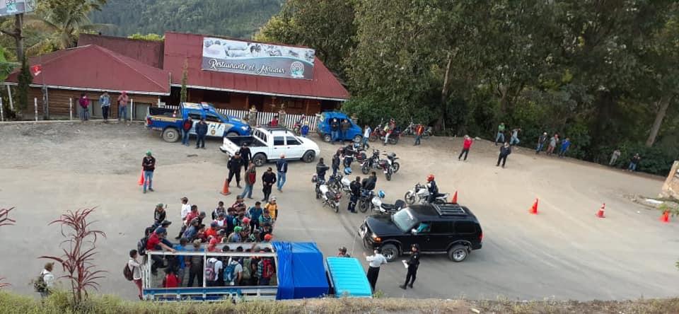 Las autoridades colocaron puestos de control en el ingreso de Lanquín y Santa Catalina La Tinta. (Foto: Municipalidad de Lanquín)
