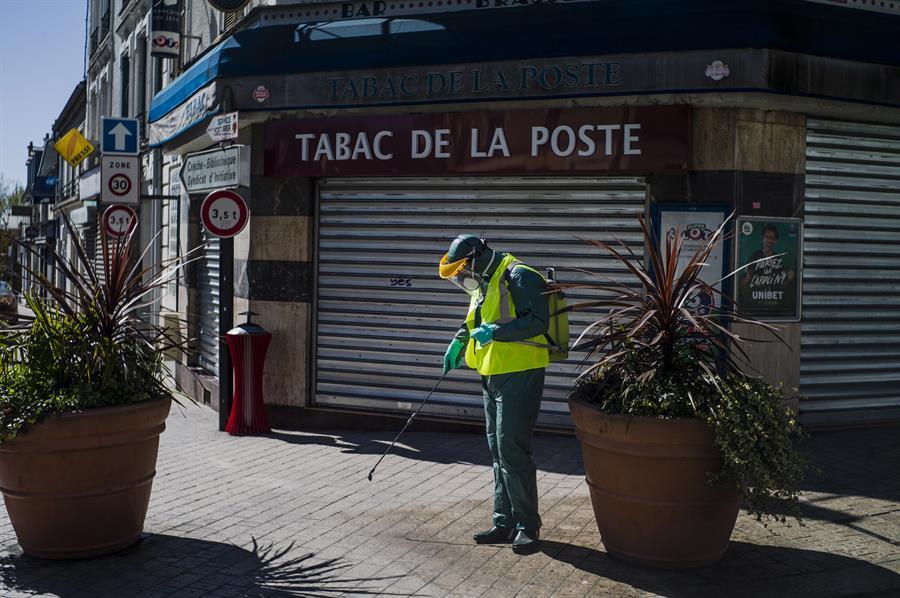 Francia superó este domingo las 8 mil muertes por COVID-19. El Gobierno confirmó más de 70 mil casos positivos. (Foto: EFE)