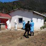 Personal de Salud buscan a personas que estuvieron cerca de vecino con COVID-19 en Chuisuc, Olintepeque, Quetzaltenango. (Foto: Cortesía)