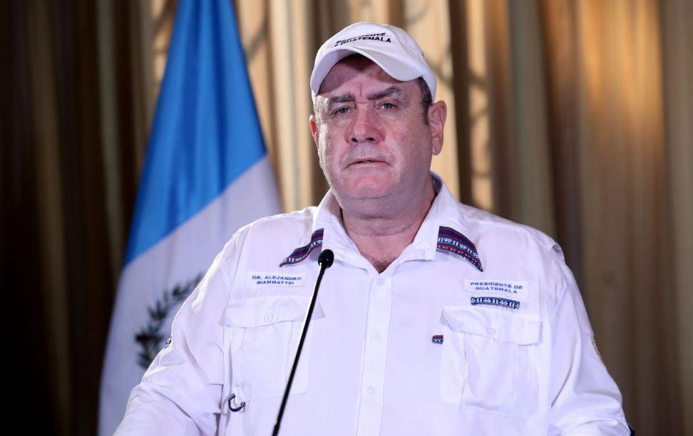 El presidente Alejandro Giammattei informó que se aumentaron los casos de COVID-19 en Guatemala en un 45%. (Foto: SCSP)