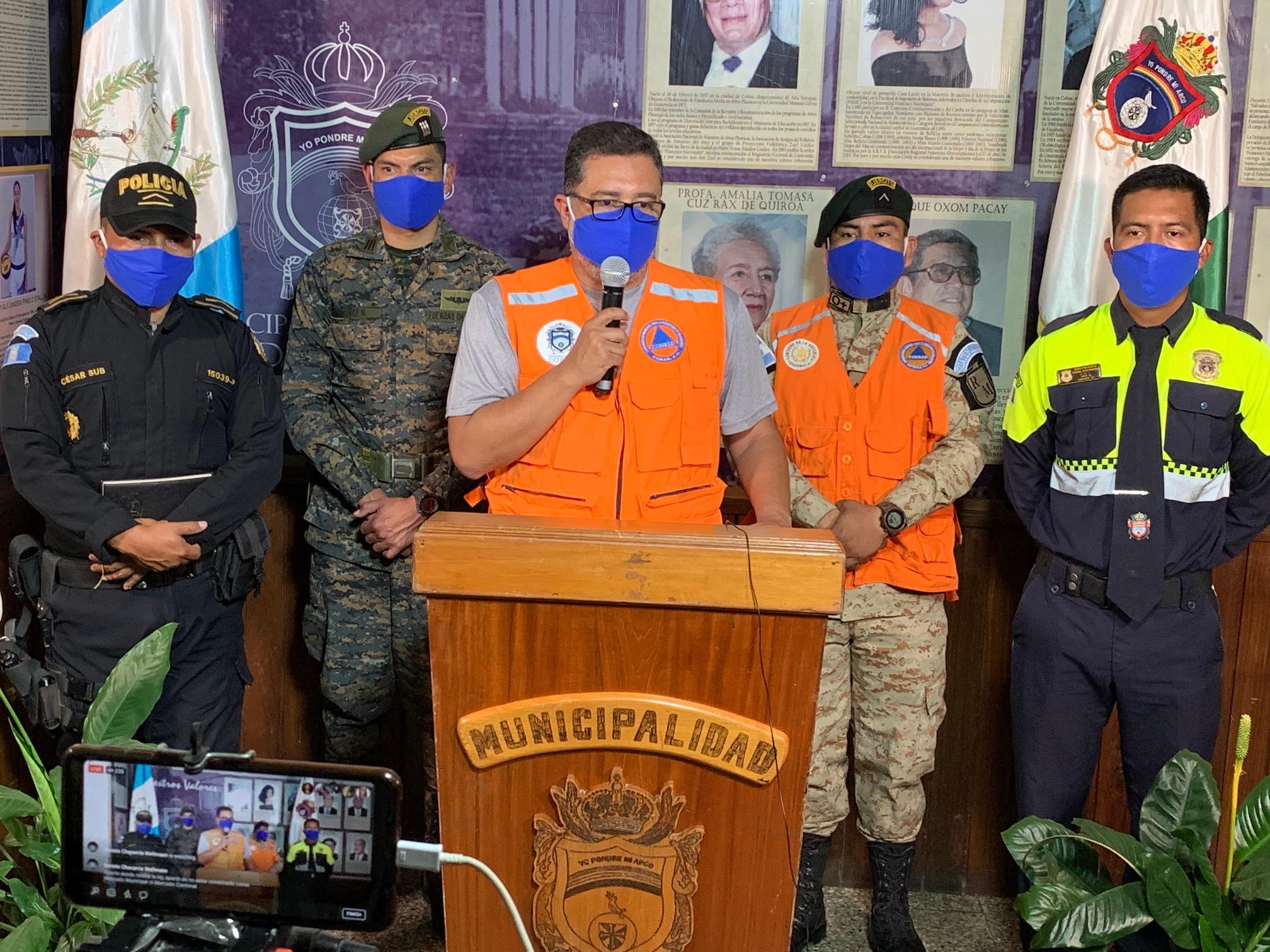 La Municipalidad de Cobán dio a conocer las nuevas medidas inmediatas para combatira el COVID-19. Además el lunes podrían confirmarse otras por parte del concejo municipal. (Foto: Eduardo Sam)
