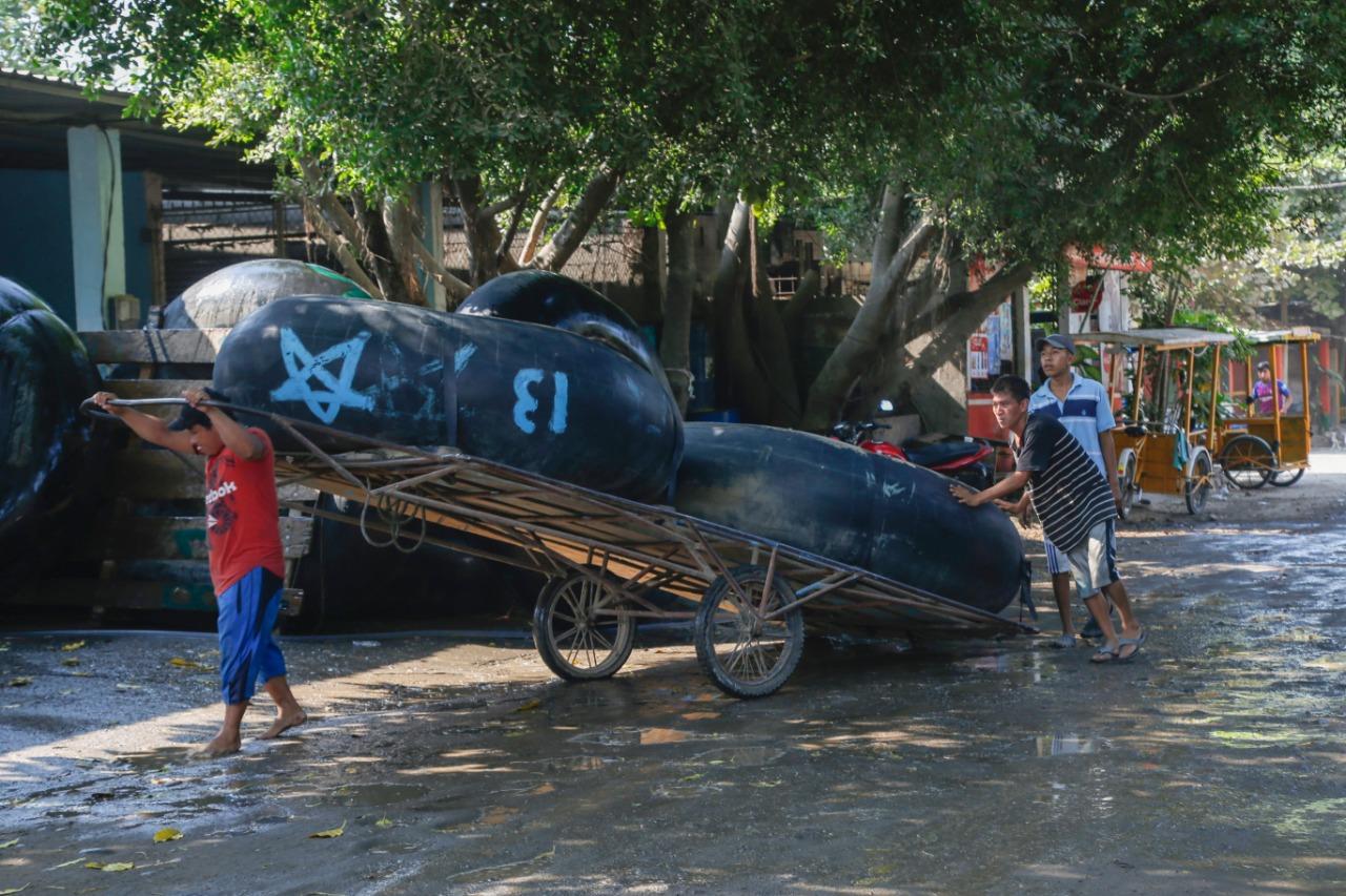 Los balseros y tricileros que brindan servicios a personas que van hacía México, tomaron la decisión de suspender su servicio. (Foto: Cristian Soto))
