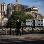 La cantidad de personas fallecidas a causa de COVID-19 en Francia es de 14 mil 393. (Foto: EFE)