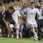 Gareth Bale celebró el gol del título de Copa contra el Barcelona luego de superar en una memorable carrera a Marc Bartra, hace seis años. (Foto: Diario AS)