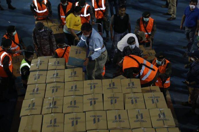 El Gobierno de Guatemala comenzará este domingo con la entrega de cajas para las familias afectadas por la emergencia del COVID-19. (Foto: AGN)