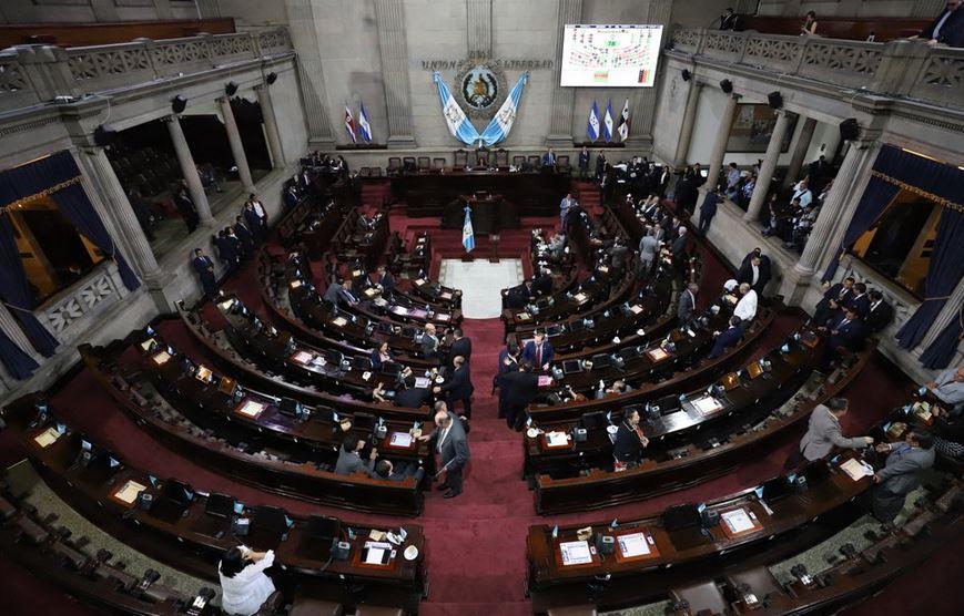 El Congreso busca aprobar una iniciativa de ley de que establece la exención de impuestos por 100 años a la industria. (Foto: Twitter)