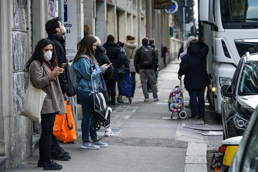 El Ministro de Salud dijo que Italia deberá convivir con el COVID-19 hasta que exista una vacuna. (Foto: EFE)
