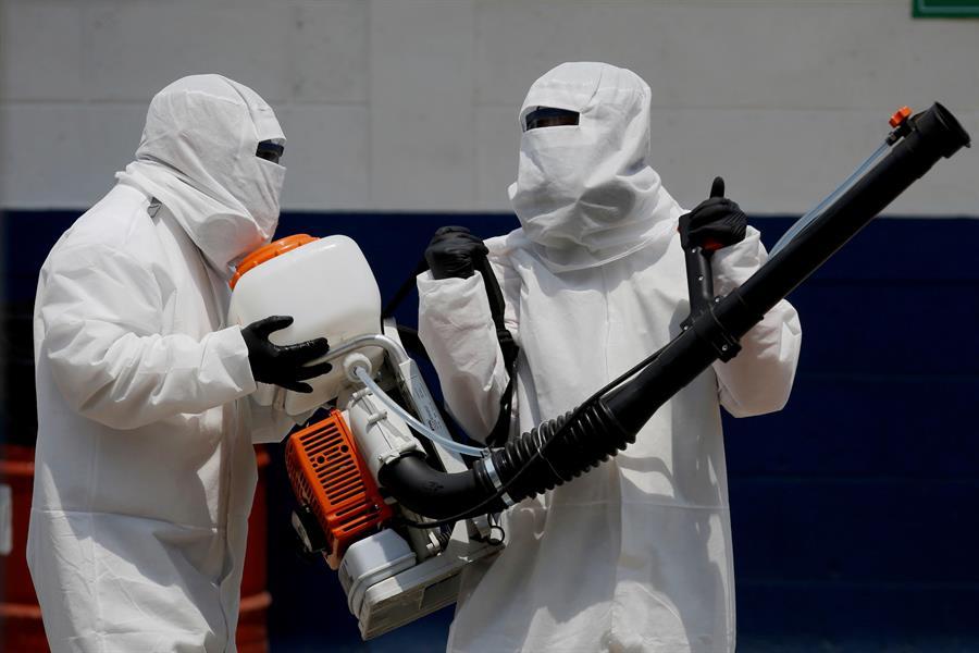 Guatemala amplió la cantidad de laboratorios para pruebas de COVID-19. (Foto: EFE)