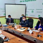 El Ministro de Desarrollo Social, Raúl Romero, es cuestinado por diputados de la Bancada Une, sobre el bono para la economía informal.(Foto)