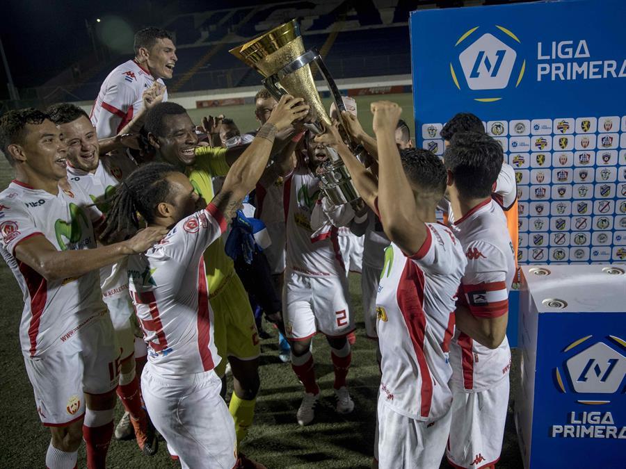 El Real Estelí se coronó campeón en el fútbol de Nicaragua, un torneo que nunca se detuvo a pesar de la amenaza del COVID-19. (Foto: EFE)