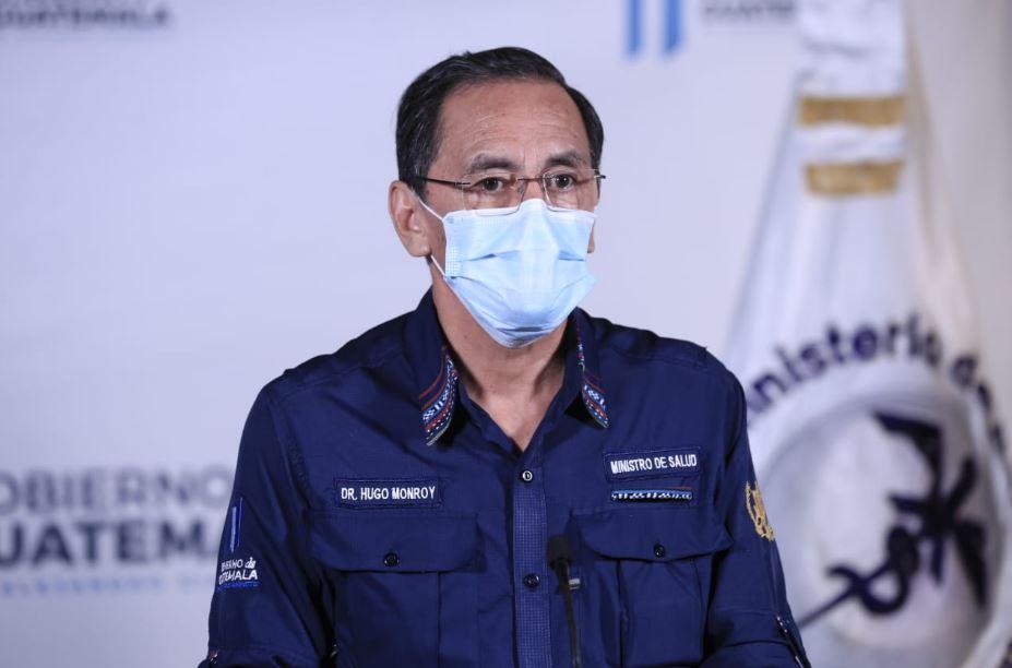 El Ministro Hugo Monroy durante la actualización de casos de COVID-19 en Guatemala. (Foto: SCSP)