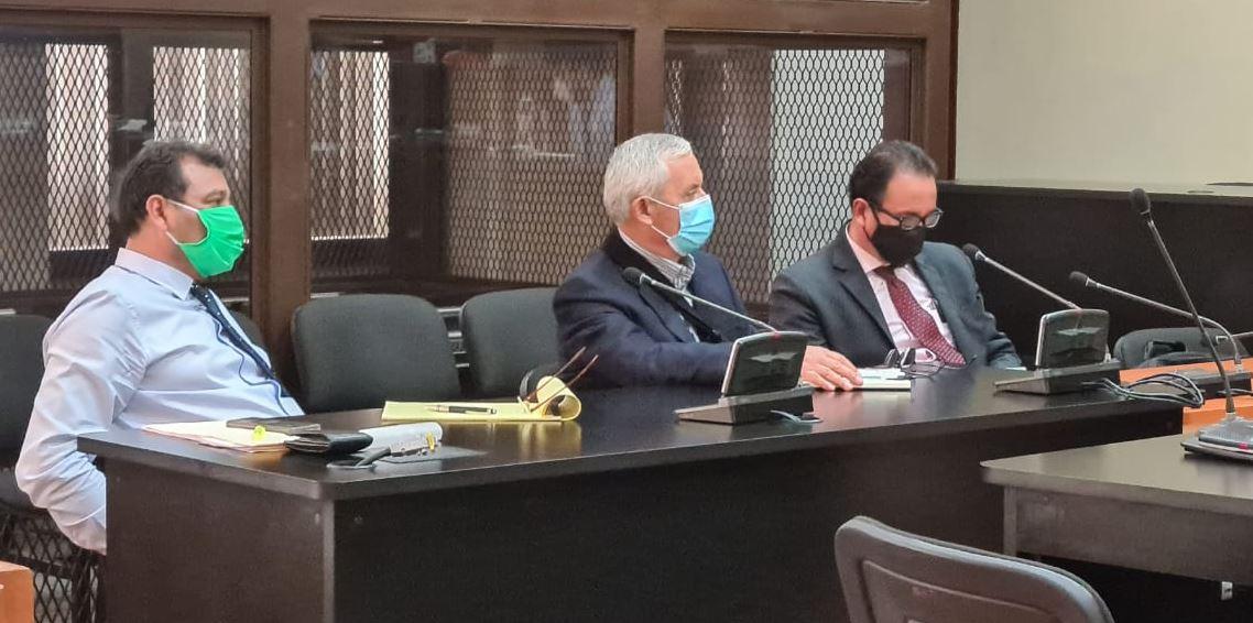 El expresidente Otto Pérez Molina deberá volver a prisión cuando termine su recuperación en el Centro Médico Militar, luego de una operación. (Foto: Twitter)
