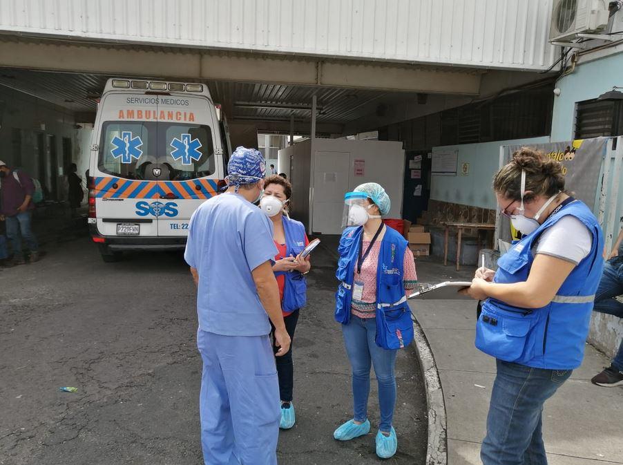 Según la diputada Lucrecia Hernández Mack en el Hospital General San Juan de Dios existen 18 personas con COVID-19 que no han sido trasladadas. (Foto: PDH)