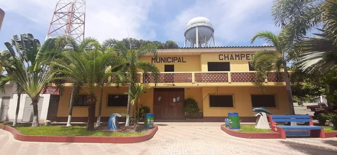 La municipalidad de Champerico permanecerá cerrada durante 14 días dedido a que tres empleados municipales dieron positivo por COVID-19. (Foto: Cristian Soto)
