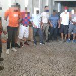 Las autoridades de la PNC informó de 37 capturados en diferentes puntos del país, por irrespetar el toque de queda. (Foto: AGN)
