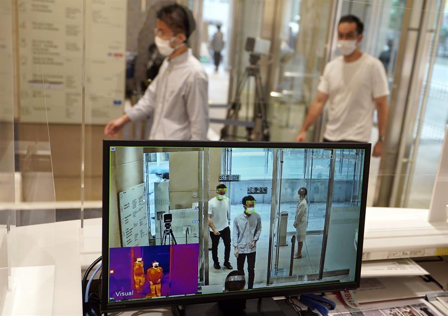 Las autoridades de Japón emitieron un comunicado en el que recomendaron no viajar a varios países, entre ellos Guatemala, por la pandemia del coronavirus. (Foto: EFE)