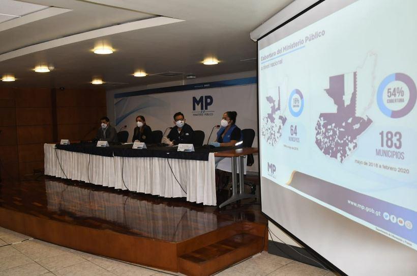 Las autoridades del Ministerio Público brindaron una conferencia de prensa para dar pormenores de los operativos por trata de personas y pornografía infantil. (Foto: MP)