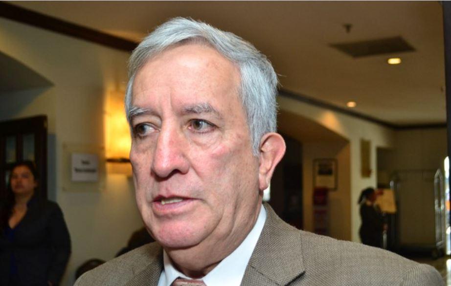 Oliverio García Rodas fue juramentado este jueves como el nuevo Ministro de Gobernación. (Foto: La Hora)