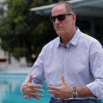 El director general del Instituto Panameño de Deportes (Pandeportes), Eduardo Cerda, quien informó que el Gobierno panameño declinaba a la organización del Mundial Sub'20 femenino 2021 y a la sede de los XXIV Juegos Centroamericanos y del Caribe de 2022. (Foto: EFE)