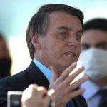 El presidente de Brasil, Jair Bolsonaro, conocerá este martes el resultado de la prueba de COVID-19 que se realizó. (Foto: EFE)