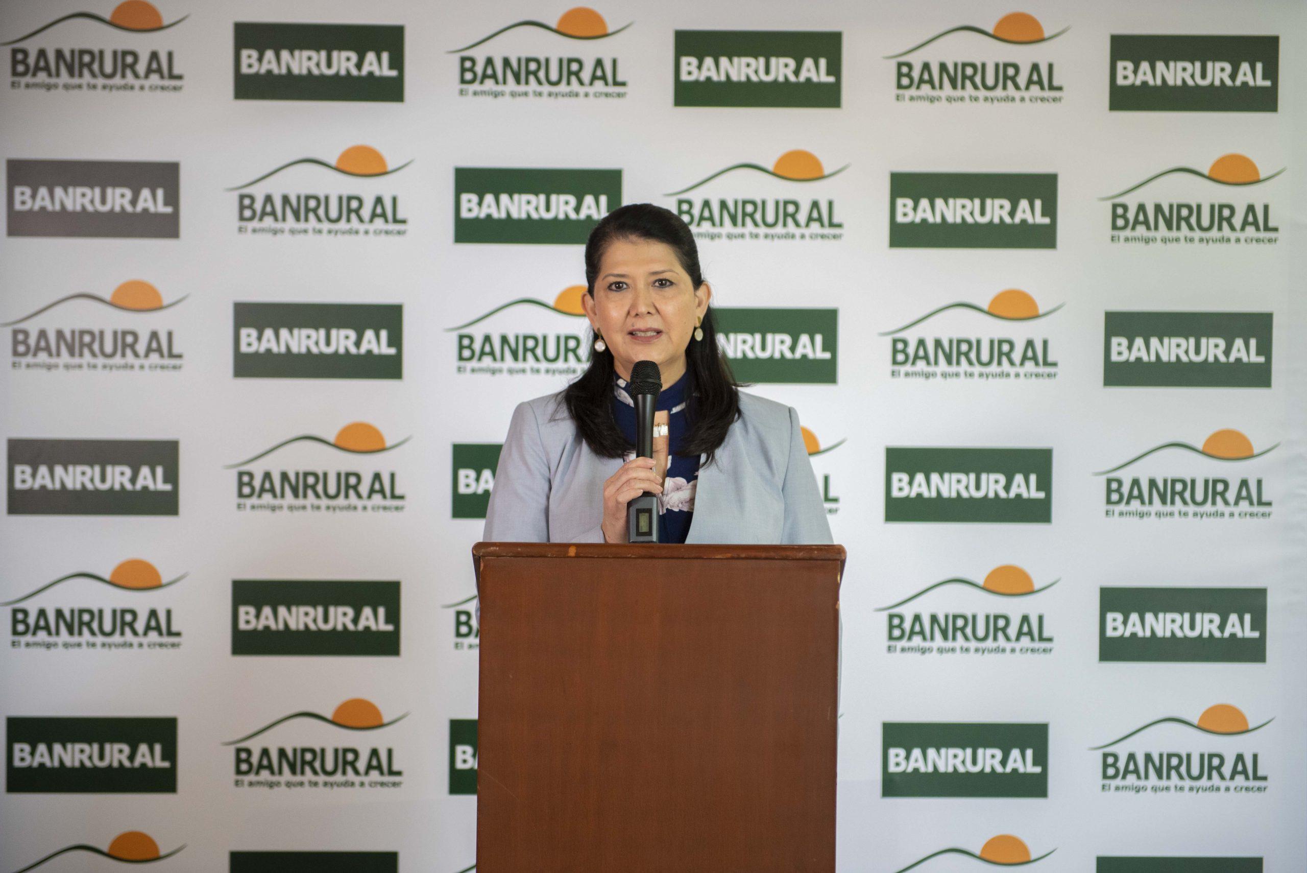 Banrural informó que a partir de ahora sus clientes podrán tramitar los antecedentes penales y policiacos a través de la banca virtual. (Foto: Cortesía Banrural)