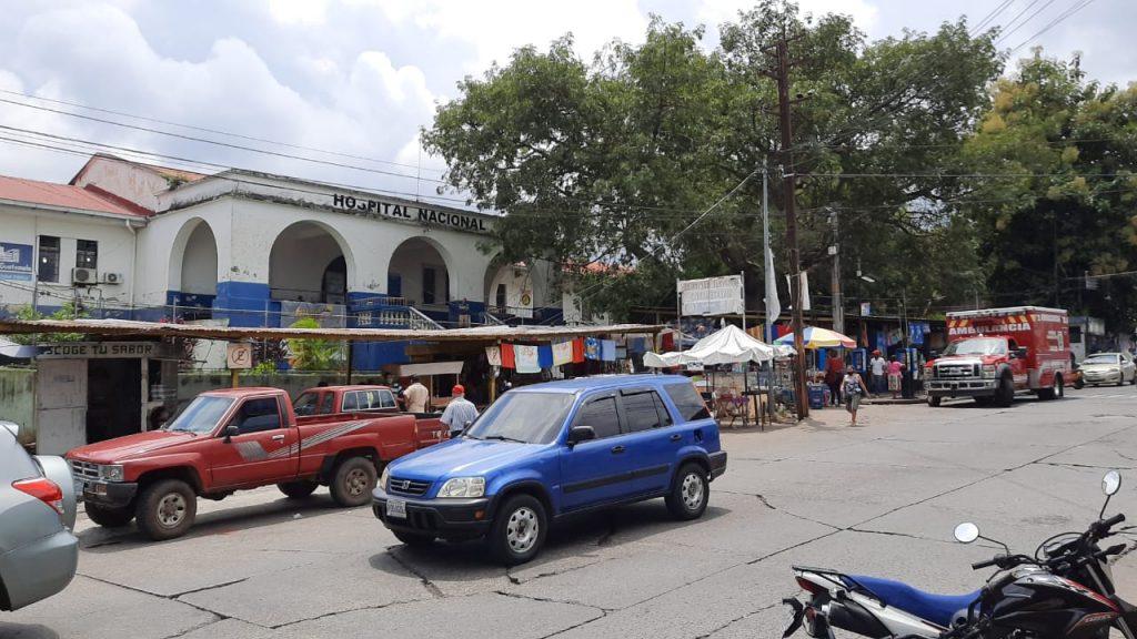 El Hospital de Mazatenango podría perder los fondos otorgados por el Ministerio de Salud si no se utilizan. (Foto: Cristian Soto)
