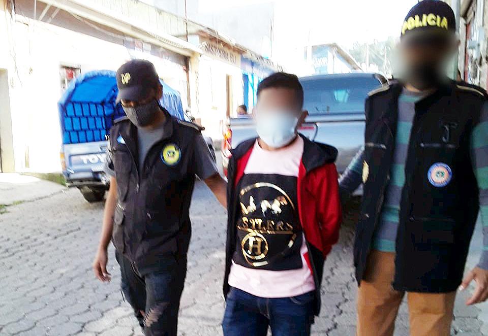 El supuesto líder de vecinos fue detenido la mañana de este lunes por las autoridades en Sololá. (Foto: PNC)