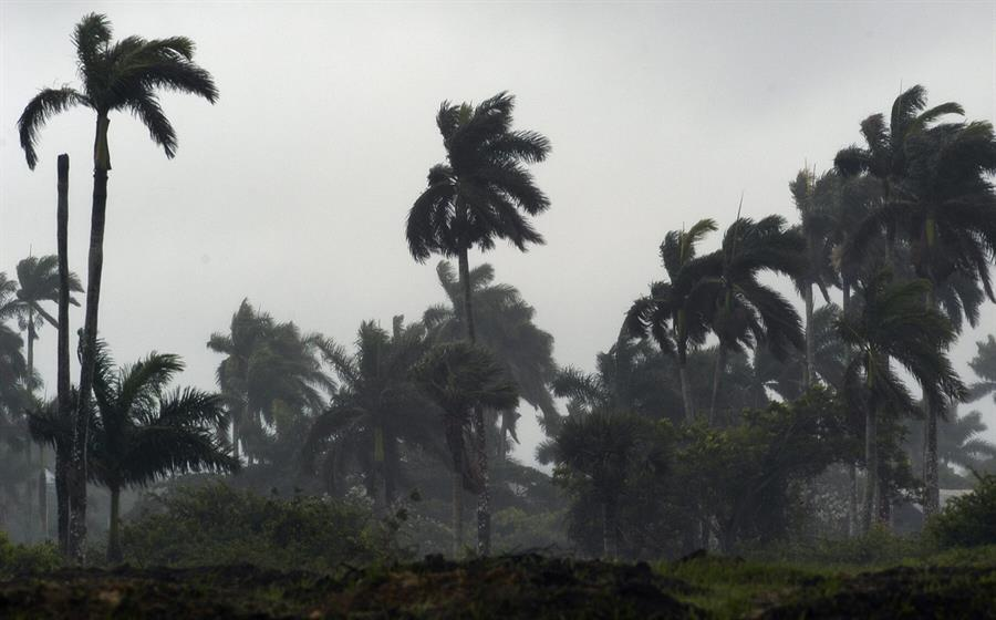 El Centro Nacional de Huracanes informó que esta semana podrían formarse dos nuevas depresiones tropicales que afectarían a Yucatán, México, y por lo consiguiente a parte del territorio guatemalteco. (Foto: EFE)