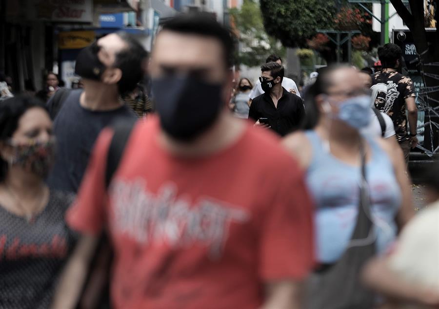 Costa Rica comenzó a sufrir un repunte de la enfermedad luego de los rebrotes del COVID-19 que los han hecho superar los 35 mil casos. (Foto: EFE)