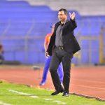 En la imagen, Mauricio Tapia, entrenador del Comunicaciones de Guatemala.