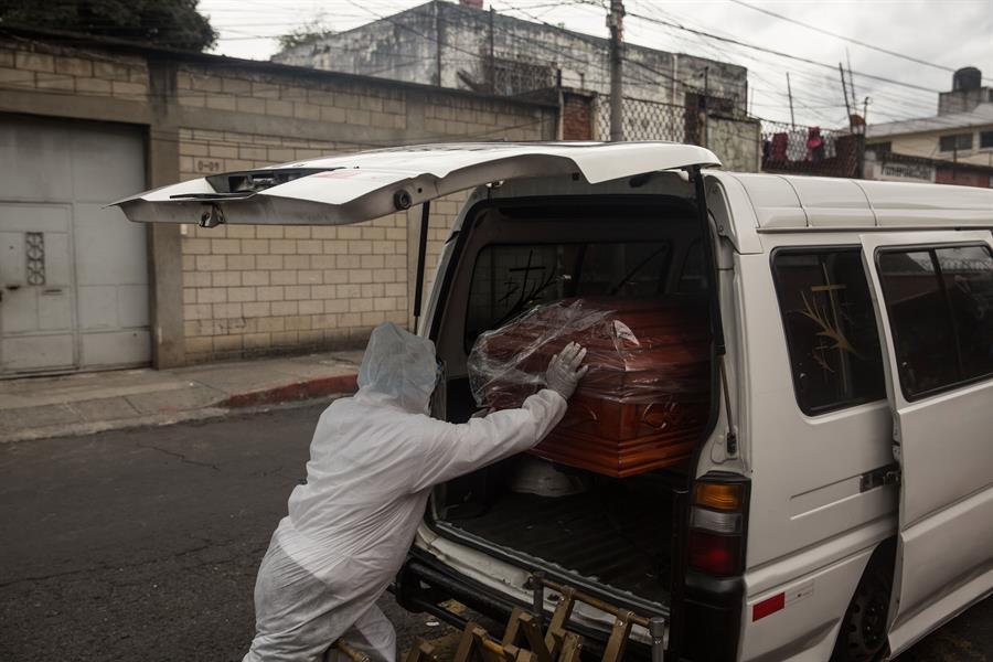 Los casos de COVID-19 en Guatemala aumentan, y el número de fallecidos alcanzó los 2 mil 611. (Foto: Archivo)