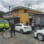 Los Bomberos Municipales reportaron la muerte de cuatro personas en ataque armado en una colonia de la zona 5, de la ciudad capital. (Foto: Bomberos Municipales)