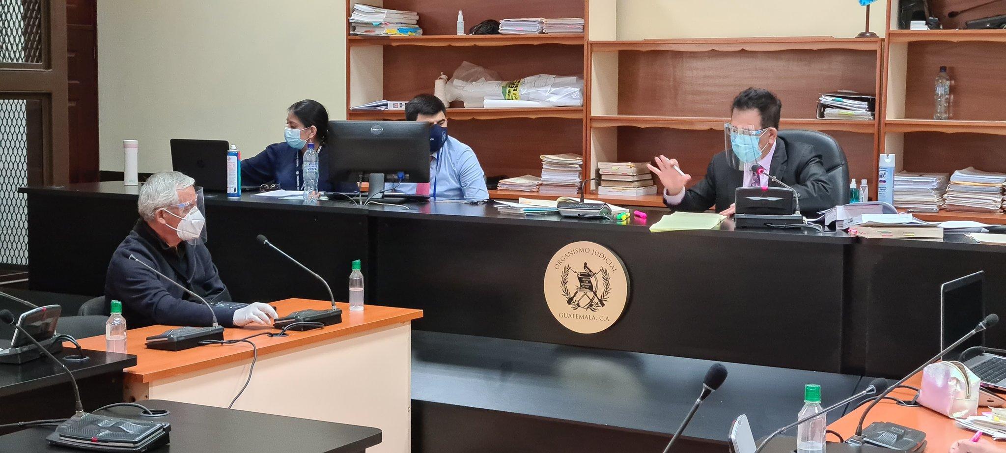 El juez Miguel Ángel Gálvez rechazó la petición del expresidente Otto Pérez Molina de ser beneficiado con medida sustitutiva en el proceso del Caso La Línea. (Foto: Twitter)