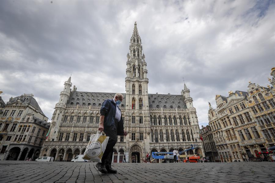 Bélgica presentó un incremento número de casos con un promedio de 636 casos de COVID-19, diarios durante la semana anterior. (Foto: EFE)