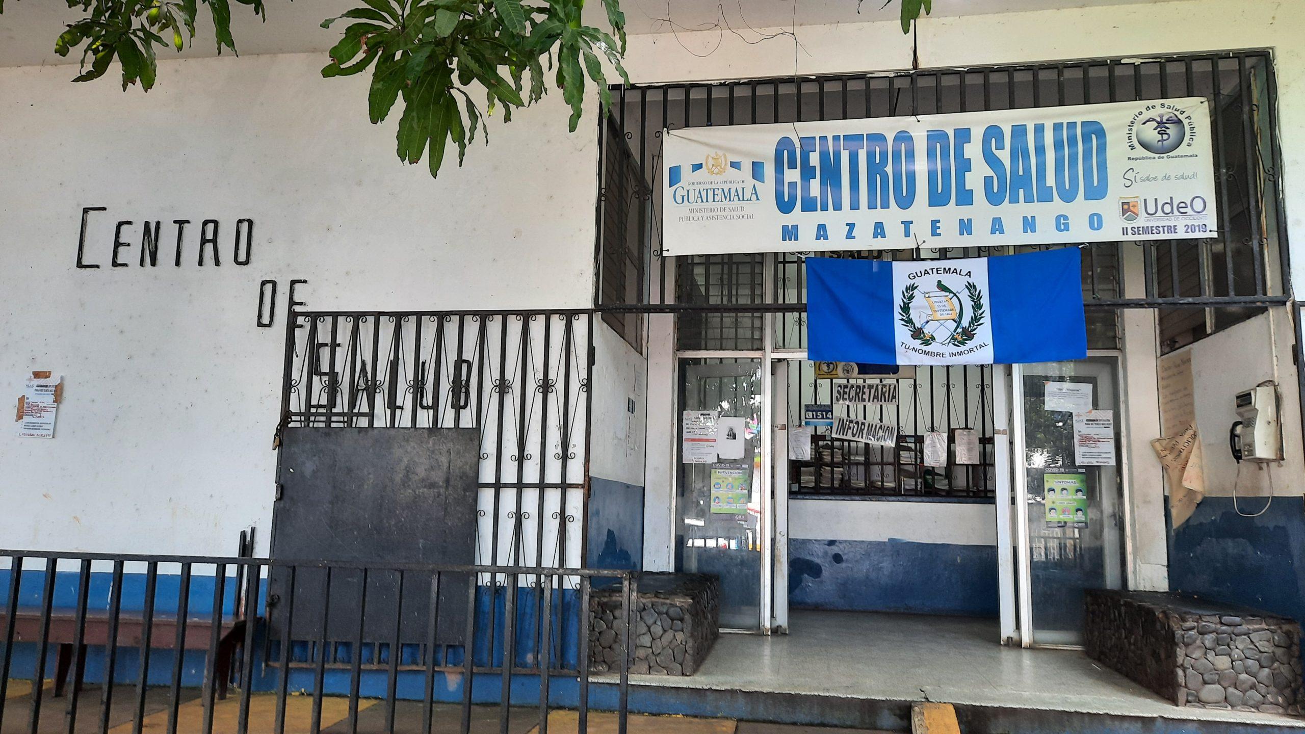Varios comerciantes de Mazatenango, denunciaron el cobro de sobornos por parte de los inspectores del Centro de Salud para obtener licencias sanitarias y permisos para que los negocios puedan operar. (Foto: Cristian Soto)
