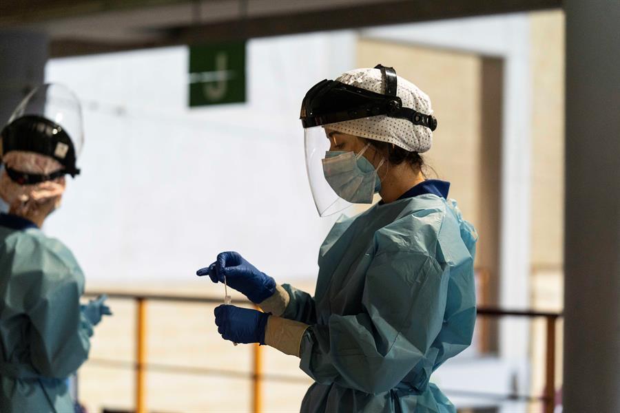 España toma nuevas medias contra el incremento de casos de COVID-19. (Foto: EFE)